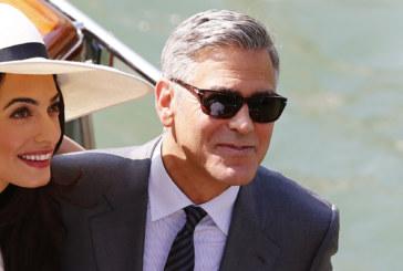 Cicogna in arrivo con due baby in casa Clooney