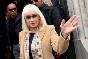 Durante l'addio a Gianni Boncompagni spicca il saluto delle donne della sua vita