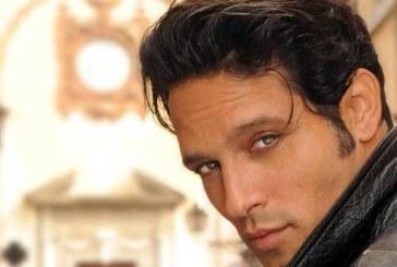 Gabriel Garko come Fedez, ma bacia Chiambretti