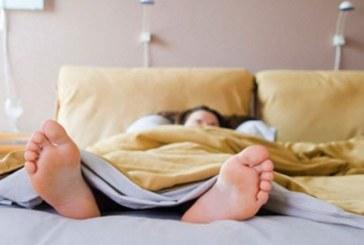 Dormire poco fa aumentare di peso: ecco perché…