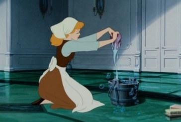 Dimagrire mentre fai le pulizie? Sì, con questi esercizi
