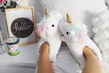 Sei una unicorn addicted? Ecco le pantofole dei tuoi sogni