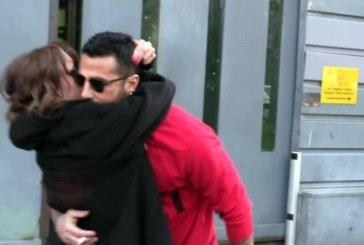 Fabrizio Corona: fuori dal carcere, ad accoglierlo c'è la fidanzata Silvia