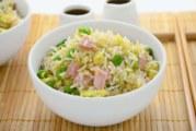 Riso alla cantonese: un piatto completo dalla Cina con furore