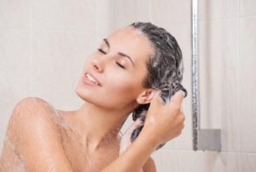Come avere i capelli puliti senza usare lo shampoo