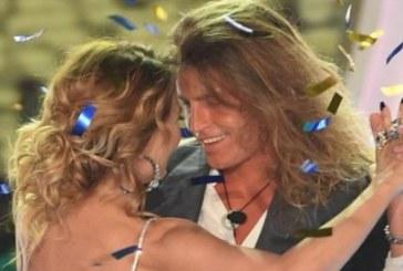 Alberto Mezzetti e Barbara D'Urso: cena con bacio hot