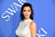 Kim Kardashian si aggiudica il primo Influencer Award della storia agli Oscar della moda