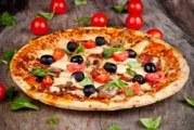 Picchia pizzaioli e poliziotti: in galera per una mosca di troppo